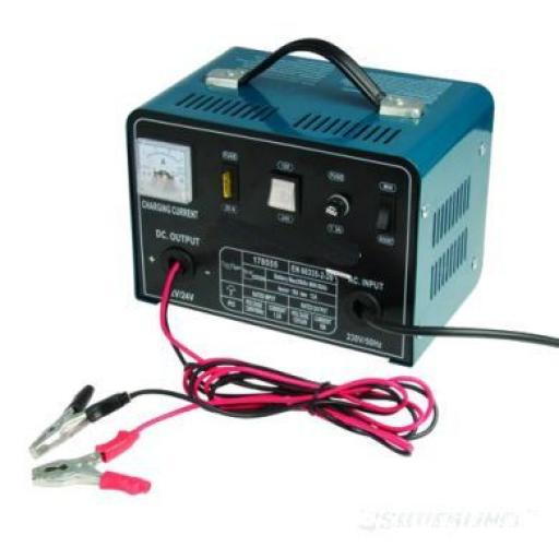 Silverline 12/24v Battery Charger Vehicle Booster 12/24V for 25-135Ah Batteries Car Van